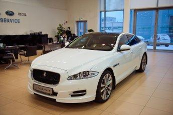 Jaguar_xj-002